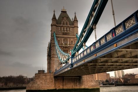 tower-bridge-9972_-2_-3_-4_-5_-6_tonemappe